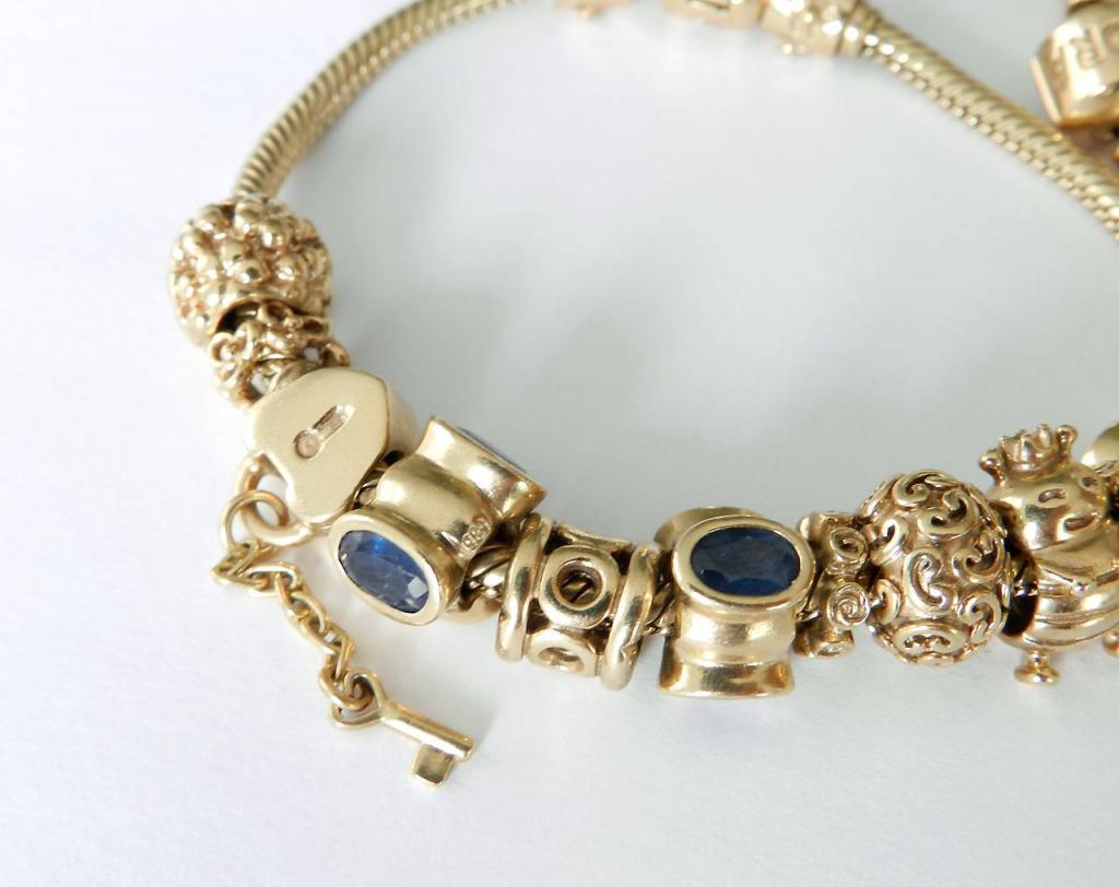 Златни златни гривни