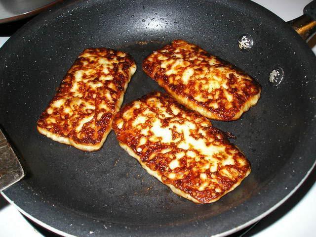 пржени сир сулугуни