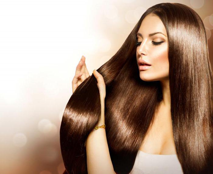 capelli sottili che spingono