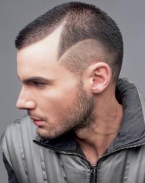 мушка фризура за тенис