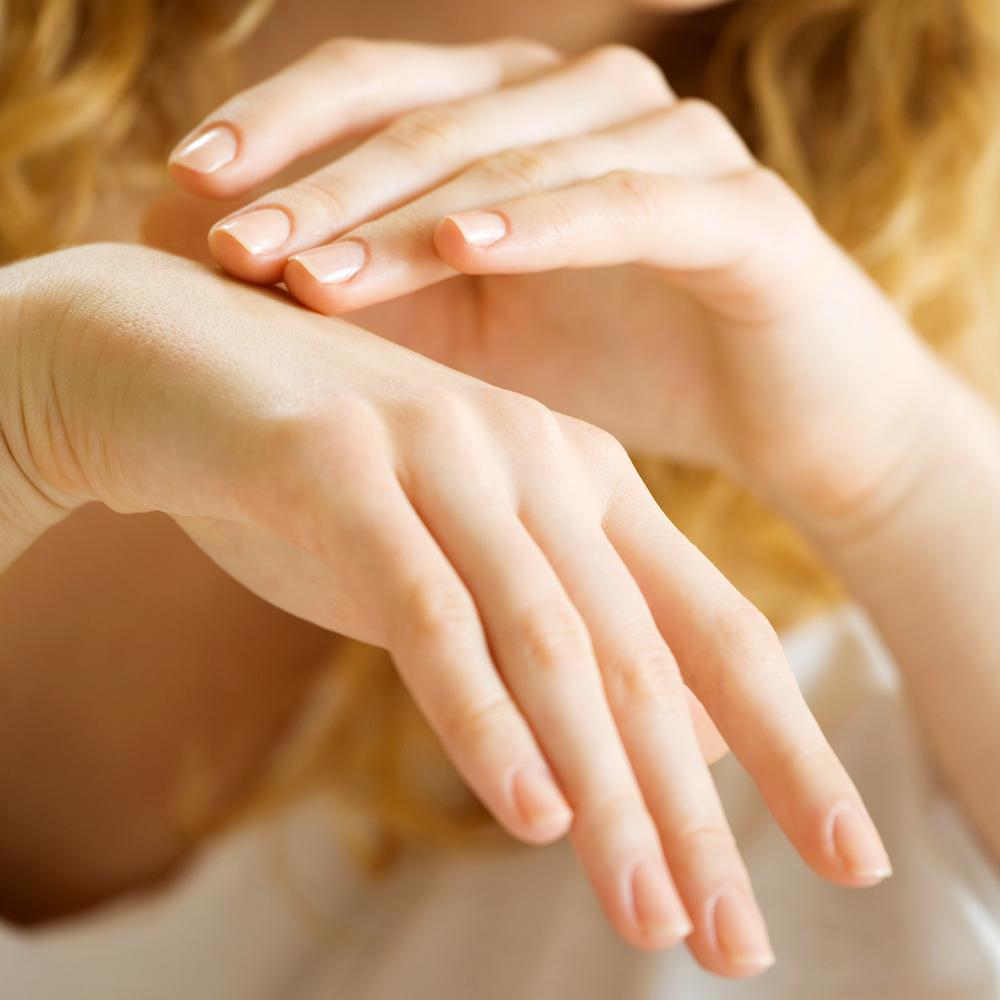 Aumento della sensibilità della pelle delle mani