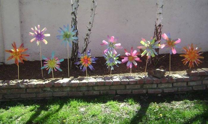 vrtno cvijeće iz plastičnih boca
