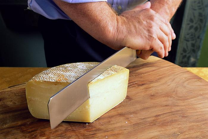 tytuły twardych serów