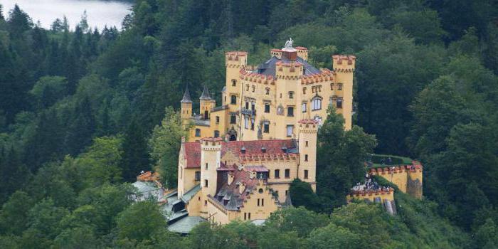 opisi dvorca hohenschwangau