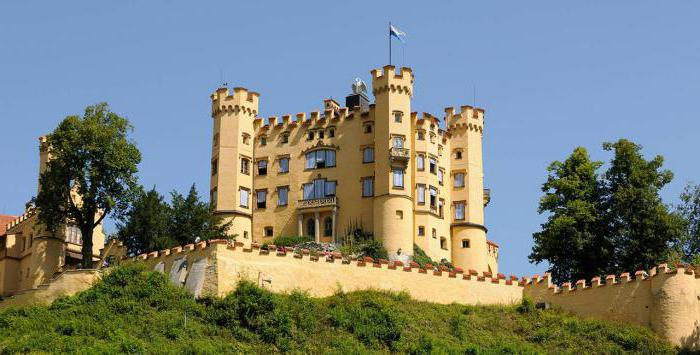 dvorac hohenschwangau fotografija unutra