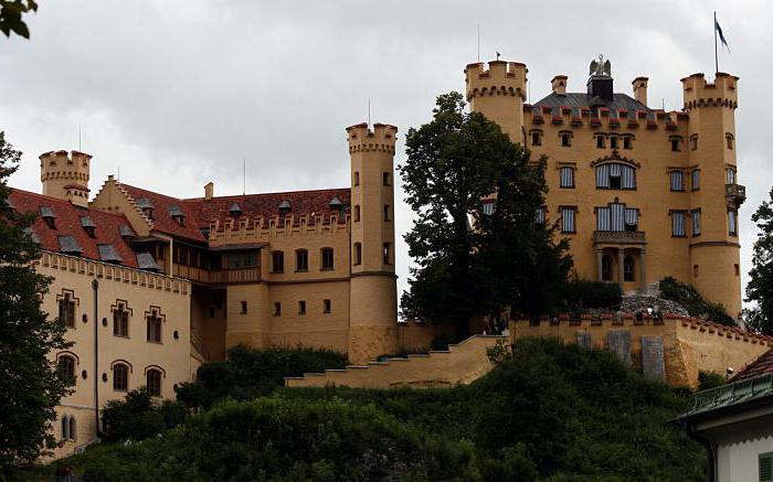 Bavarski dvorci Neuschwanstein i Hohenschwangau