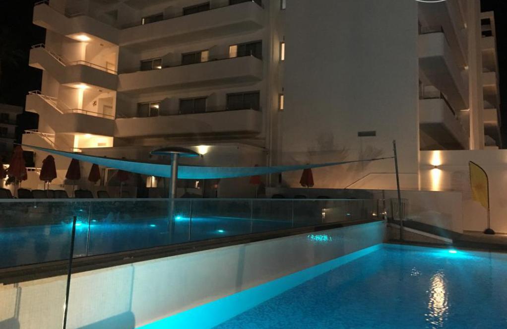 Отворени базен