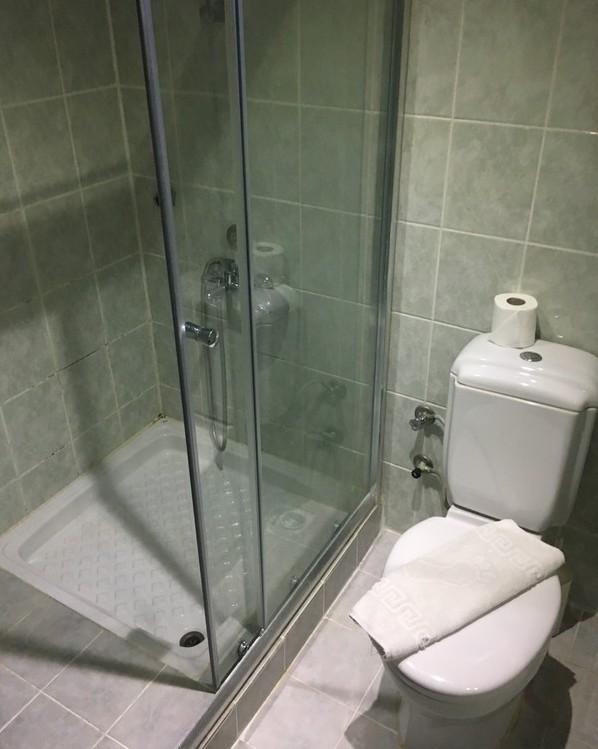самостоятелна баня