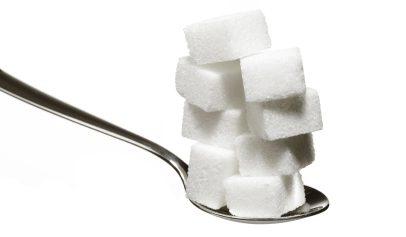 kolik cukru v lžíci