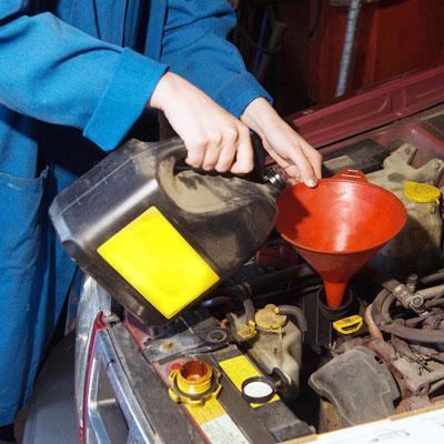 Quando è meglio cambiare l'olio del motore