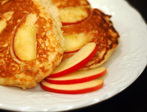 palačinke z jabolki