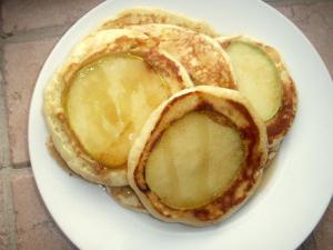 palačinke z receptom za polnjenje jabolk