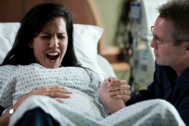 kako se obnašati med porodom