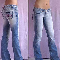 jeans con vita bassa