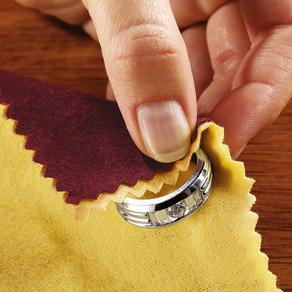 jak čistit stříbrné šperky