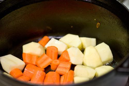 kuhani krumpir s povrćem