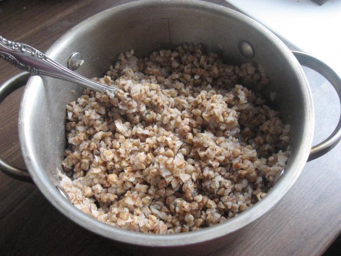 porridge di grano saraceno con carne