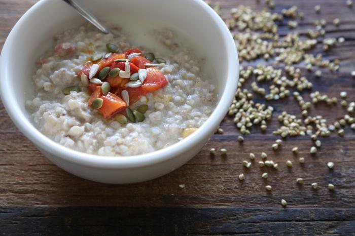 porridge di grano saraceno friabile