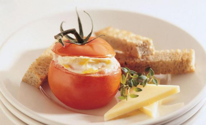 uovo nel pomodoro nel microonde