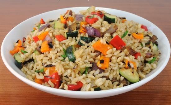 riža s kineskim povrćem
