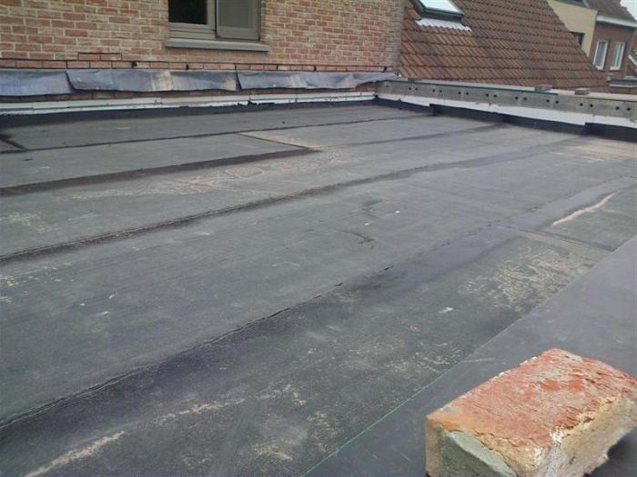 Jak zakryte střechu garáže střechou