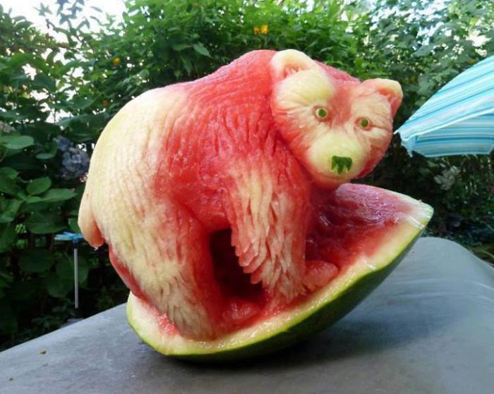 jak wyciąć piękny arbuz