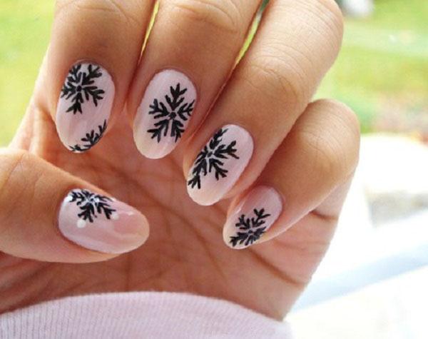 нарисувайте снежинка по ноктите стъпка по стъпка
