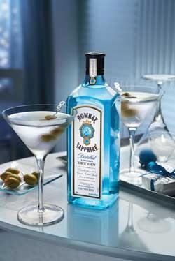 gin bomba zaffiro come bere