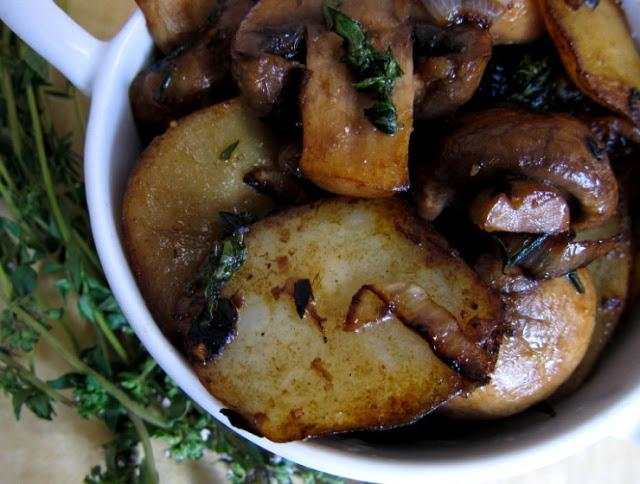 kako pršiti krompir s šampinjoni