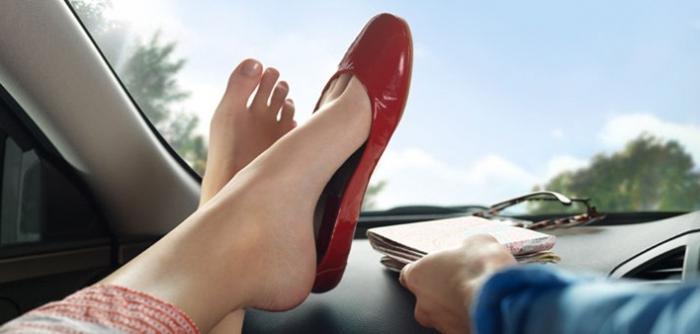 vonj znoja v čevljih
