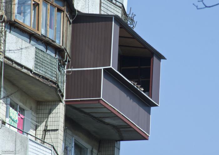 balkon s glazurom
