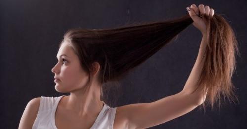 Come far crescere i capelli molto velocemente