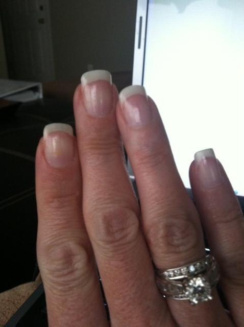 come far crescere velocemente le unghie