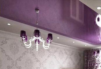монтаж на полилеи върху окачения таван