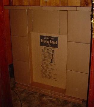 фалшива картонена камина