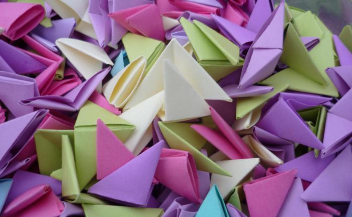 origami di moduli triangolari