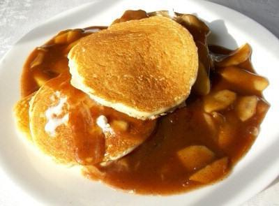 Cuocere i pancakes su kefir