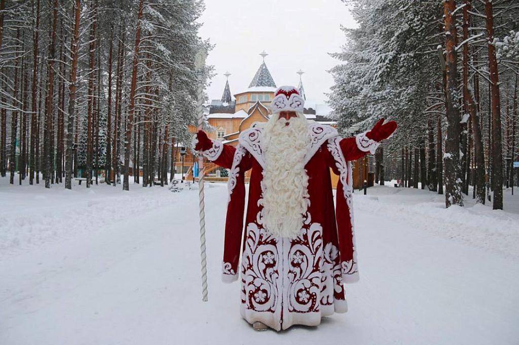 bottiglia di Babbo Natale e fanciulla di neve fai da te