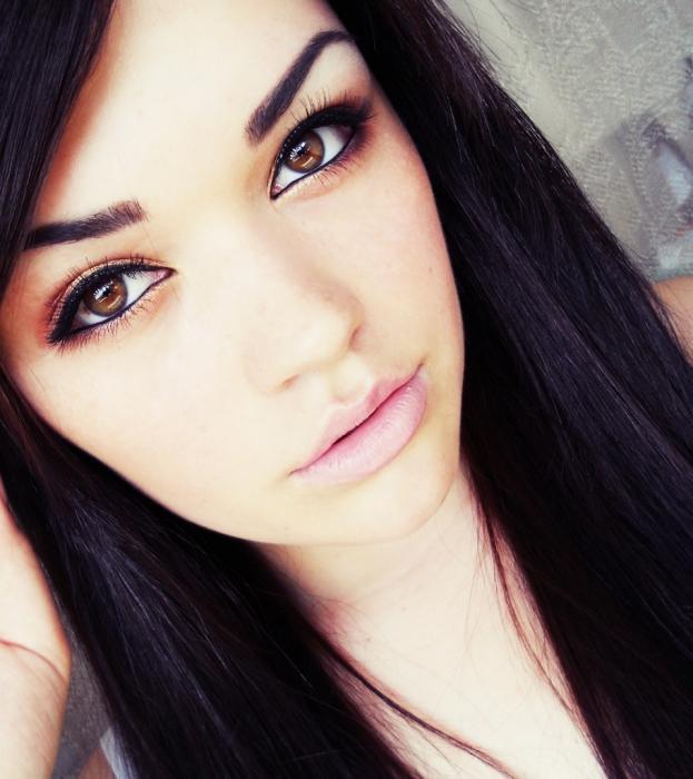 lehký makeup pro hnědé oči