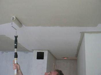 kako slikati strop bez mrlja