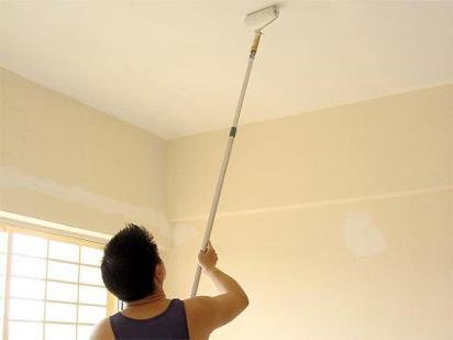 kako oslikati strop vodene emulzije