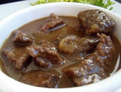 fegato di pollo fritto con cipolle