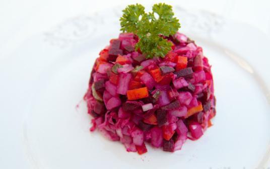 sleďový salát se sleďovou kalorií