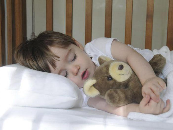 как спокойно да постави детето да спи 2 години