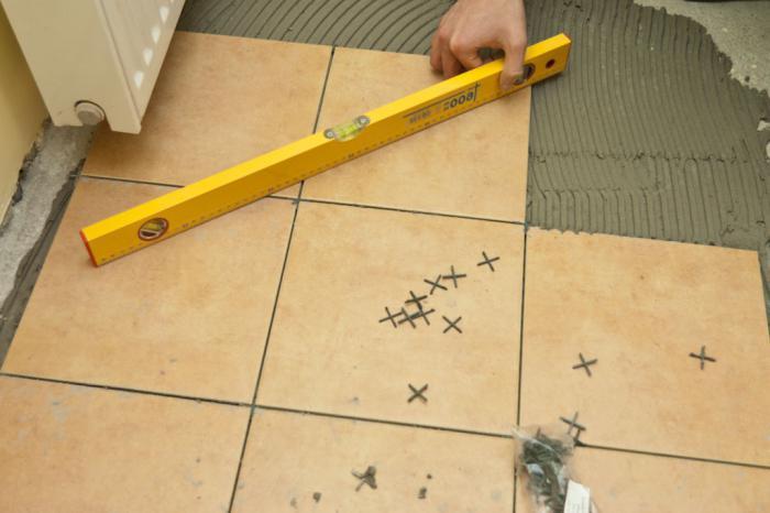 Самозалепващи се подови плочки