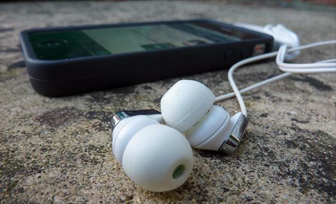 rimuovi musica da iphone