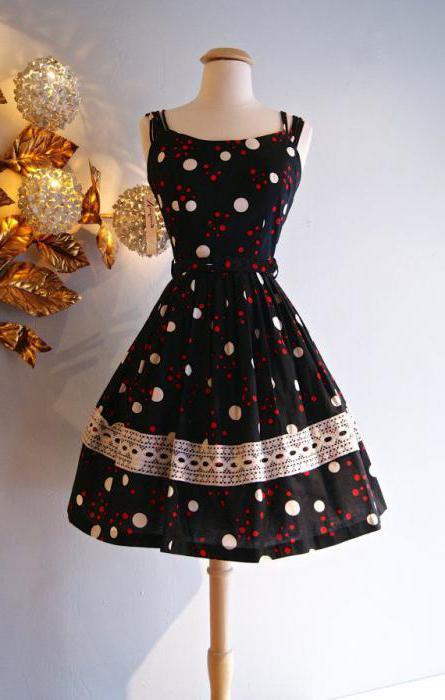 рокля с пола на слънцето