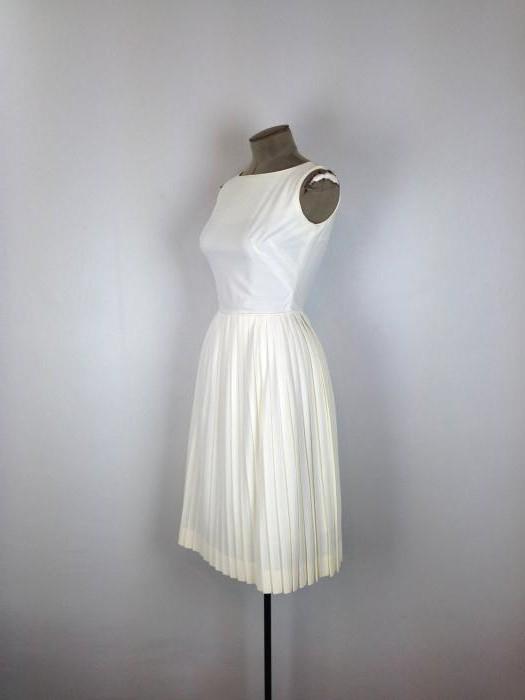 рокля с пола слънце избухнала