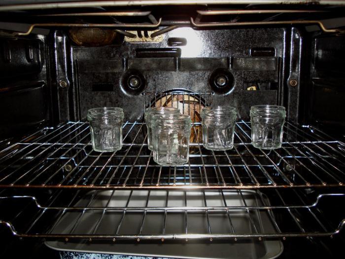 kako sterilizirati kozarce v pečici