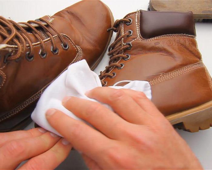 kako raztegniti vrhove čevljev